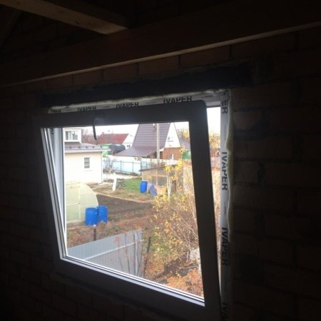 Панорамное окно с микропроветриванием, которое открывается