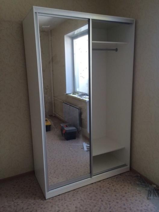"""Шкаф-купе с зеркальными дверями """"Эконом"""""""