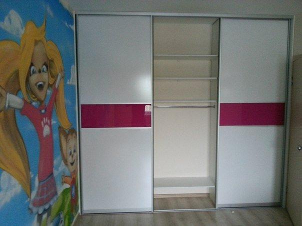 Встроенный шкаф-купе в детскую комнату
