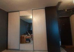 Встроенный шкаф купе с зеркалом